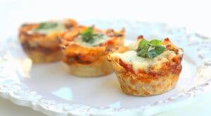 2011-03-31-lasagna-cupcakes-586x322