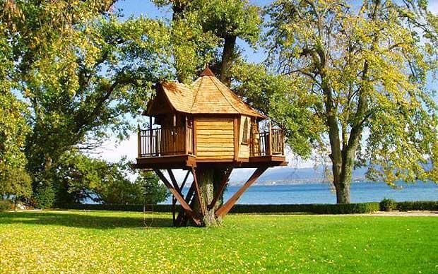 61-treehouse-bar
