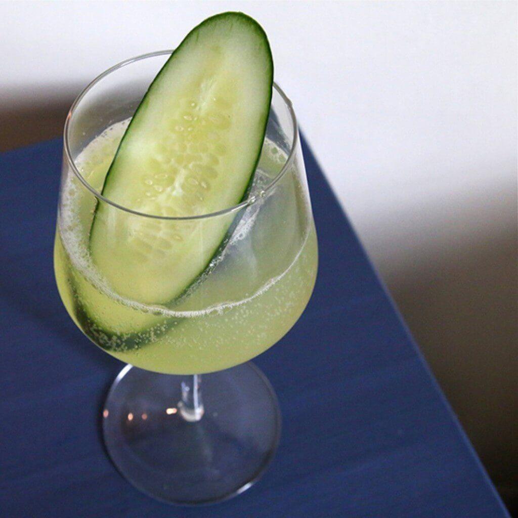 garden-sparkler-brunch-cocktails