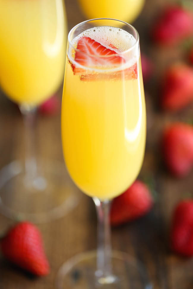 pineapple-strawberry-mimosa-drink
