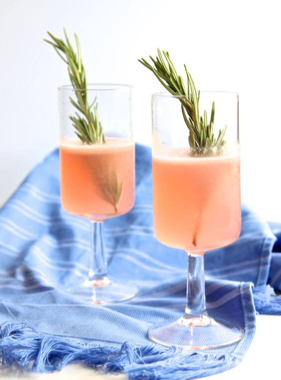11 weird drinks made with crazy flavored vodka for Flavored vodka mixed drinks