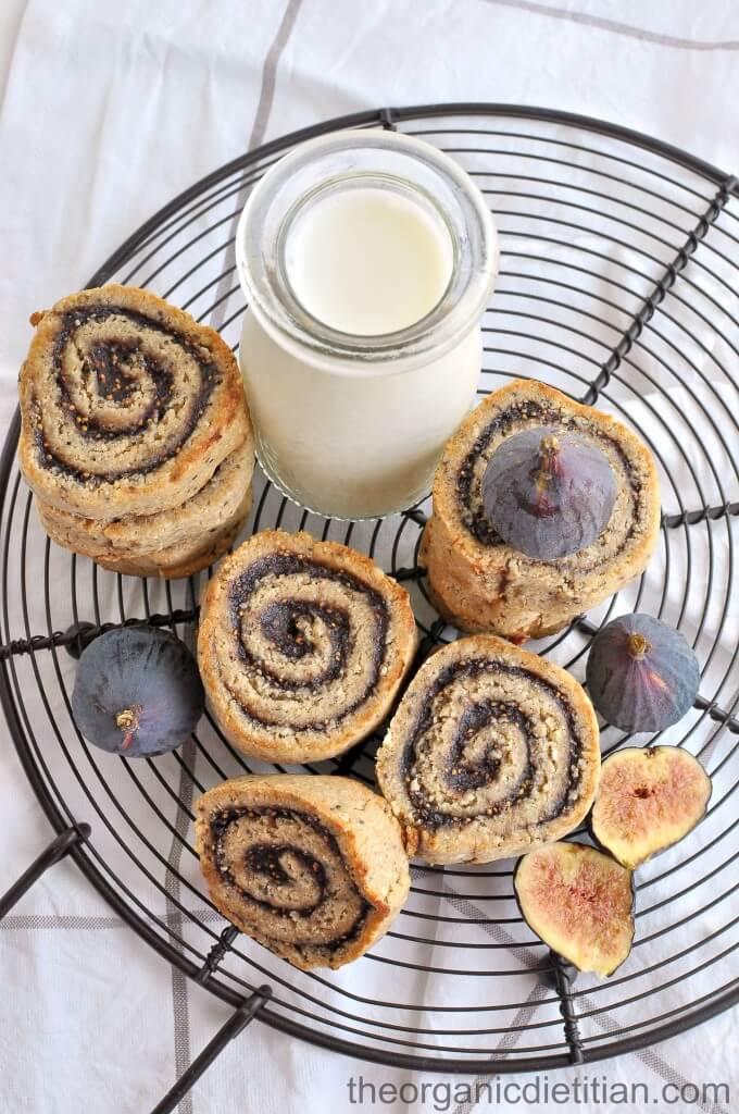 Cashew-Flour-Fig-Pinwheel-cookies-5-680x1024