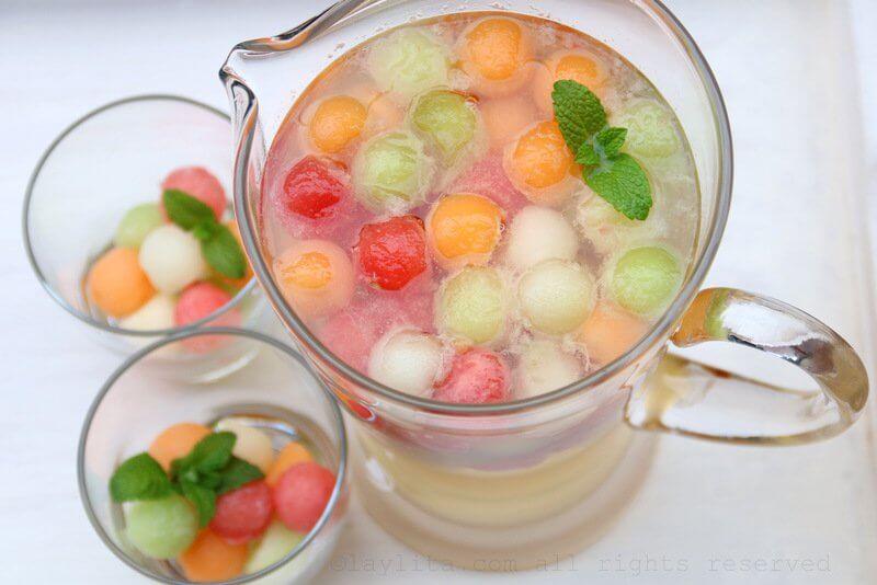 Melon-sangria-recipe