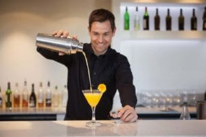 Spring Cocktails with Flowers to Impress that Special Lady