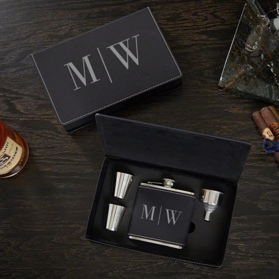 Quinton Personalized Flask Gift Set