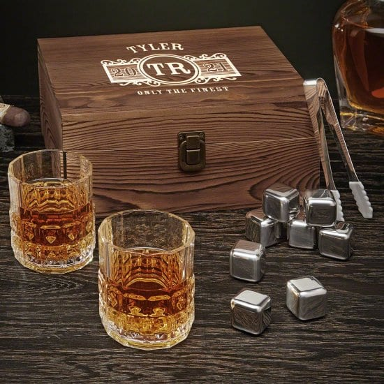 Box Set with 2 Whiskey Glasses & Stainless Steel Stones