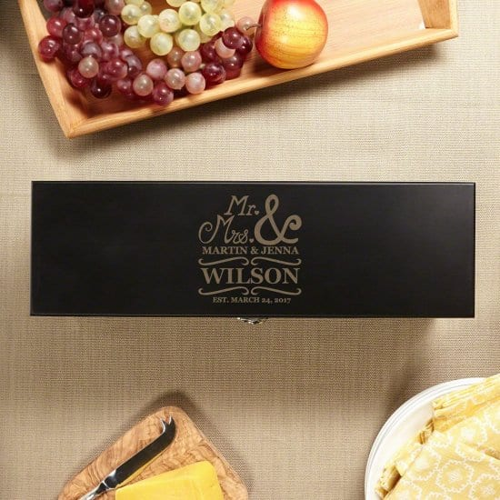 Give Wine as a Wedding Gift with this Personalized Wine Box