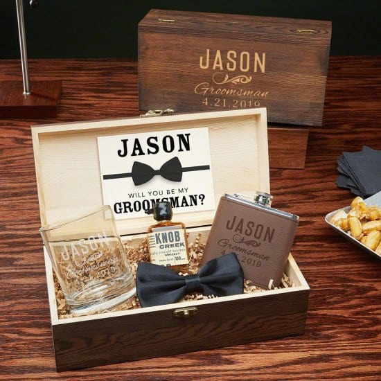 How to Ask Groomsmen with Wooden Gift Box with Drinking Accessories