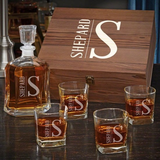 Personalized Whiskey Decanter Set is the Best Wedding Gift