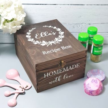 Engravable Wooden Boxes for Recipes