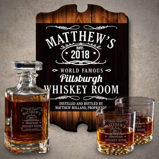 Personalized Whiskey Label Sign Deanter and Glasses Gift Set