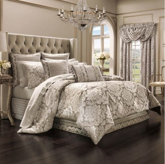 Four Piece Bedding Set of Gift Ideas for Mom and Dad