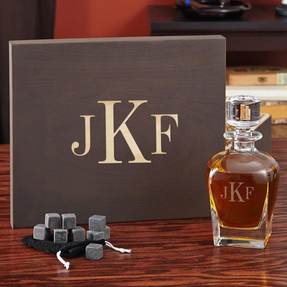 Personalized-Decanter-Gift-Set-with-Custom-Keepsake-Box
