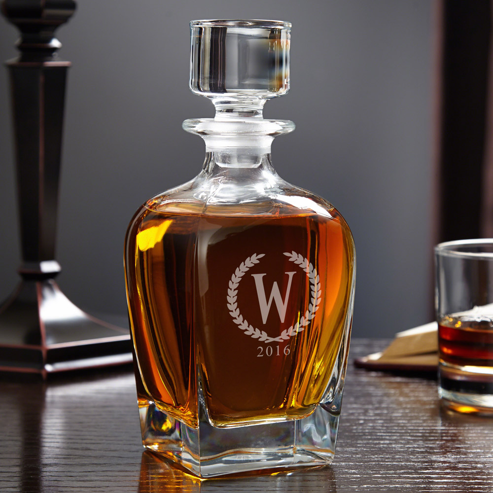 Draper-Statesman-Personalized-Whiskey-Decanter