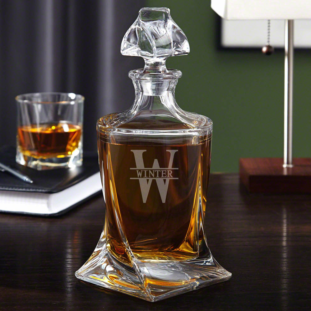 Oakmont-Personalized-Whiskey-Decanter