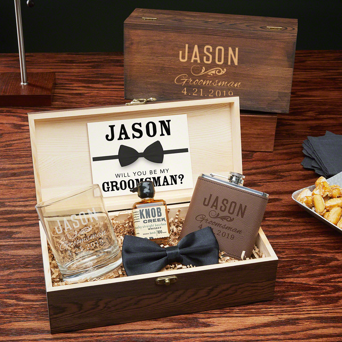 Classic Groomsman Large Wooden Box Men's Gift Set