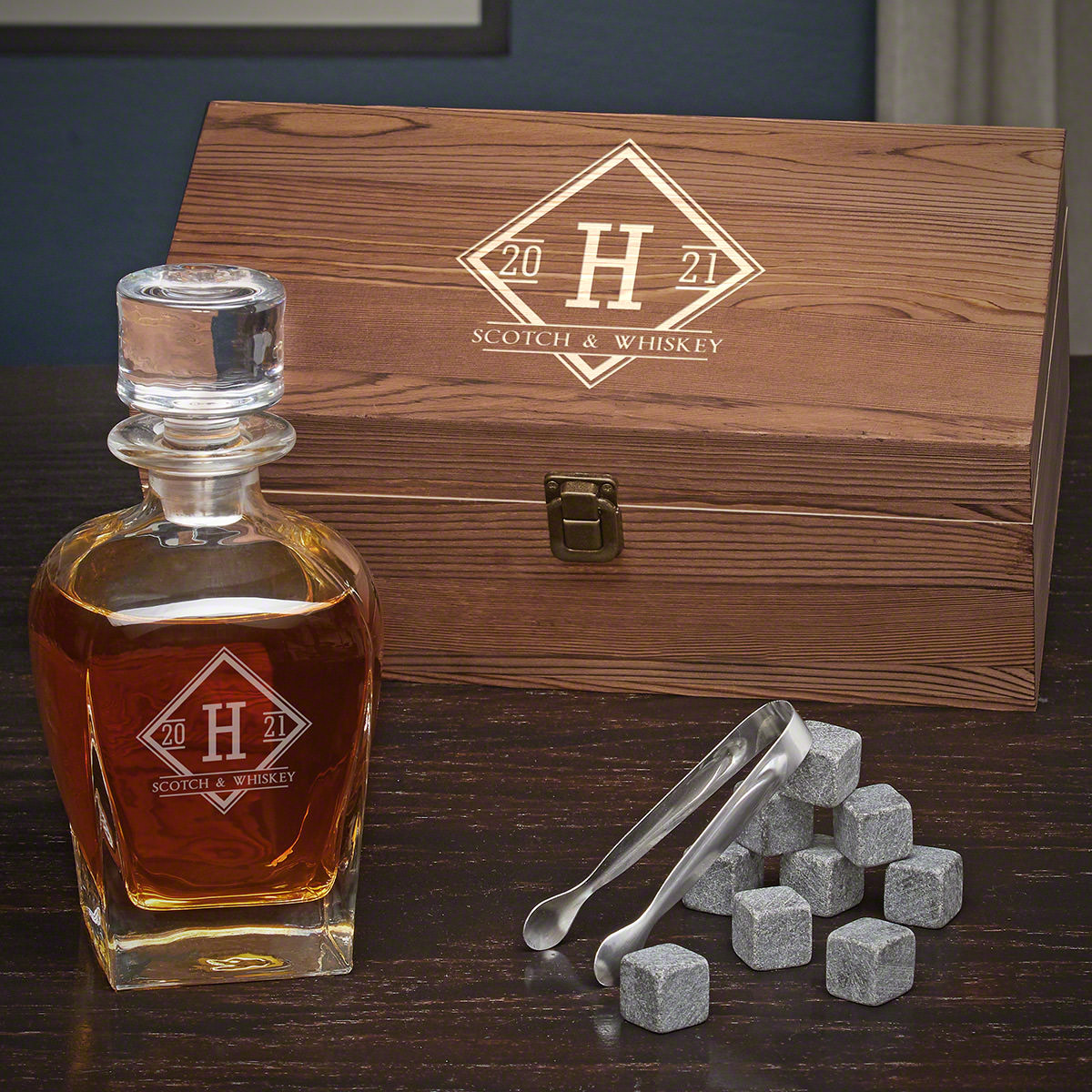 Drake-Personalized-Draper-Decanter-Box-Set