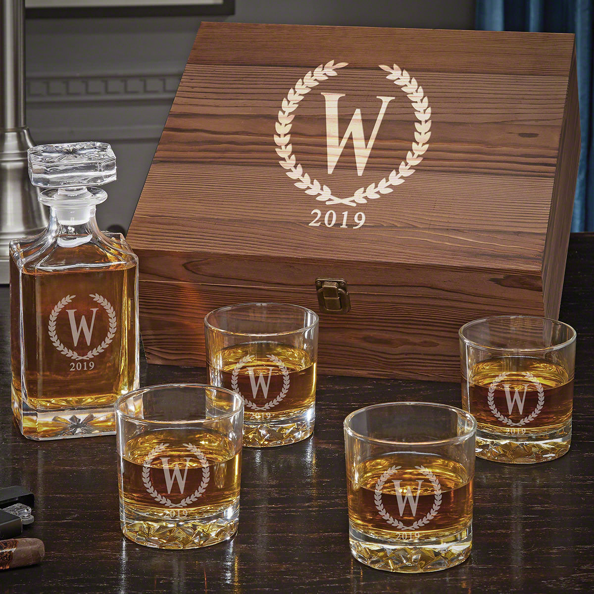 Statesman Personalized Carson Decanter Whiskey Gift Set with Fairbanks Glasses