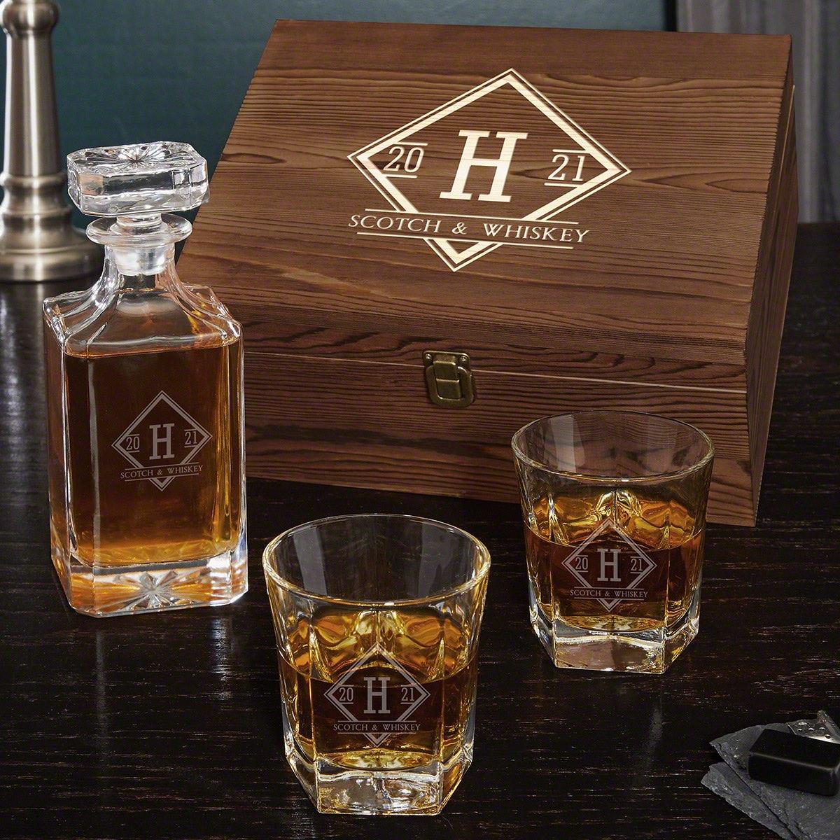 Drake-Engraved-Whiskey-Decanter-Set