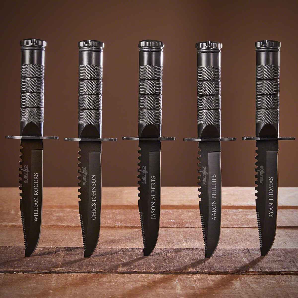 Personalized-Set-of-5-Survival-Groomsmen-Knives