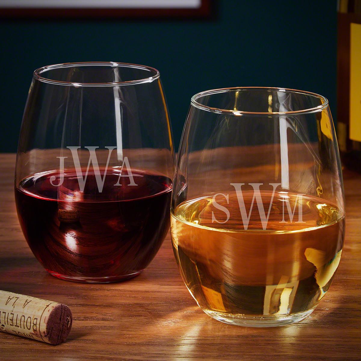 Classic Monogram Custom Wine Glasses Gift Ideas for Couples
