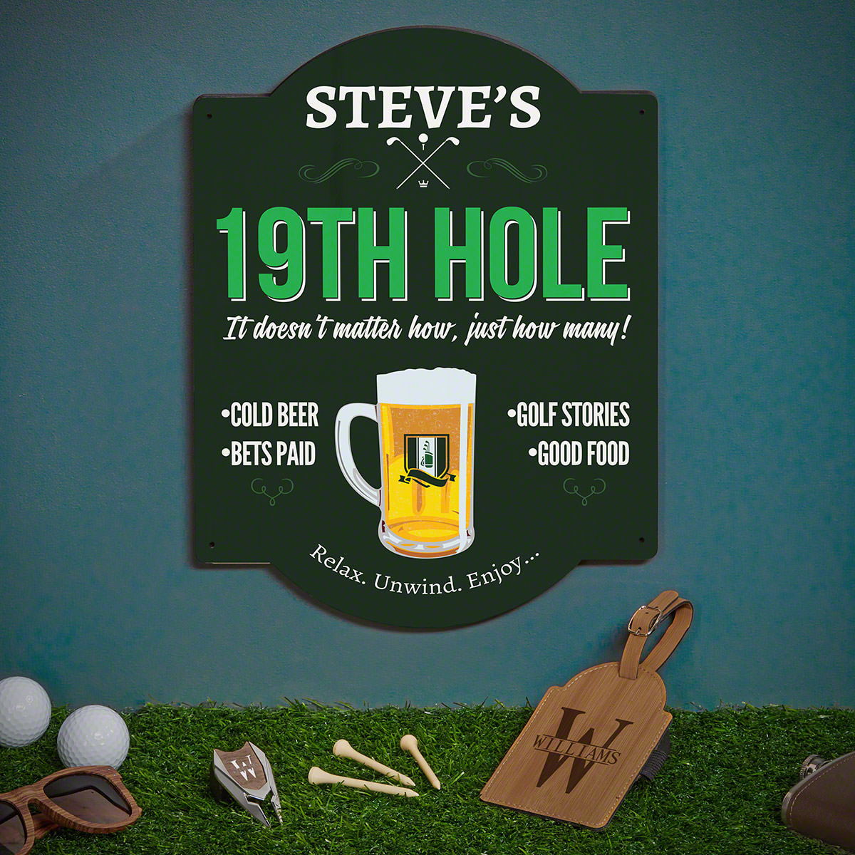 19th Hole Sign with Personalized Golf Gifts