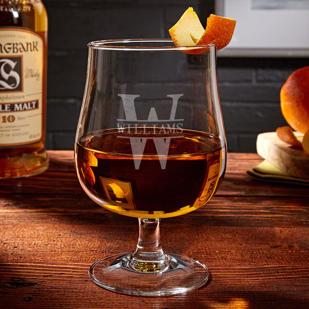 Oakmont Personalized Hurricane Glass