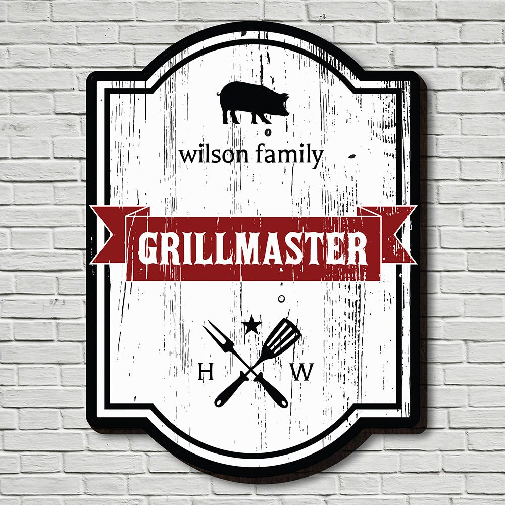 Grillmaster Crest Personalized Wood Sign