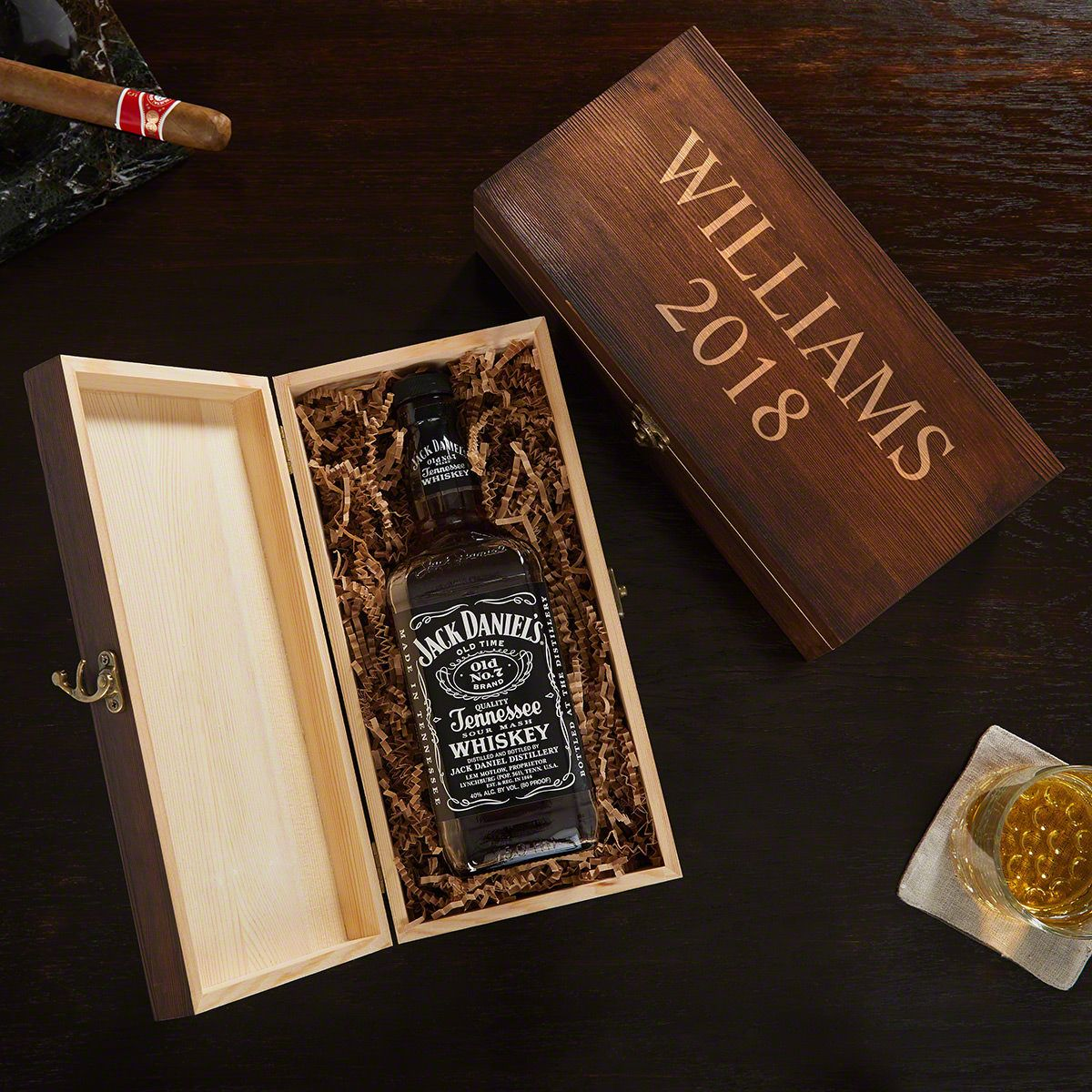 Custom Engraved Wooden Gift Box for Liquor Bottles