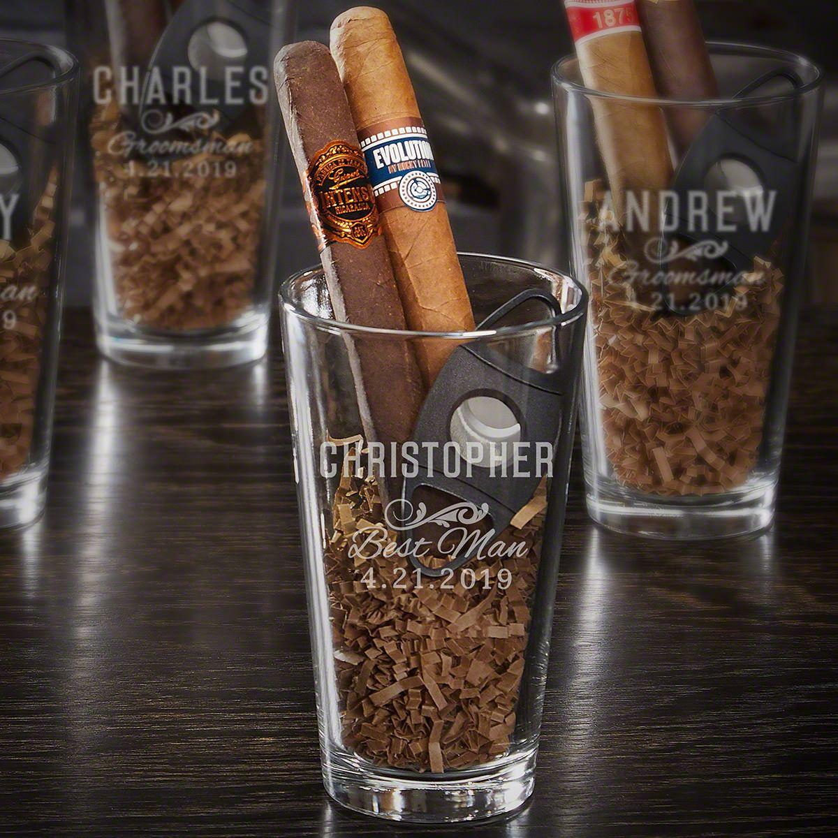 Classic Groomsman Personalized Pint Glass Set