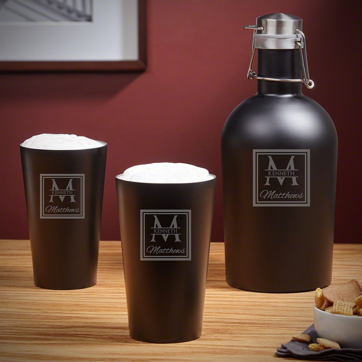 Oakhill Personalized Stainless Steel Growler & Pint Glasses Set