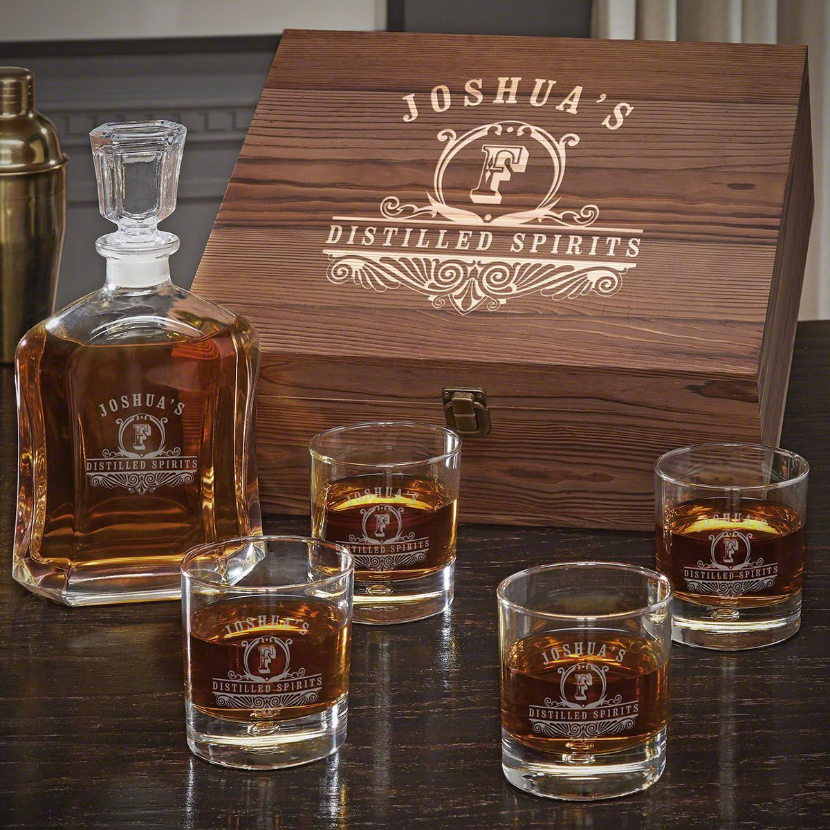 Carraway Engraved Argos Decanter Whiskey Gift Set with Bryne Glasses