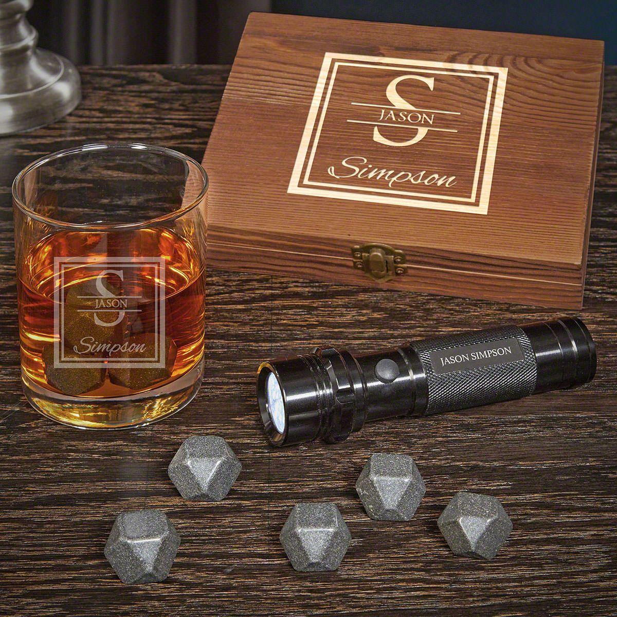 Oakhill Personalized Black Onyx Whiskey Gift Set with Flashlight