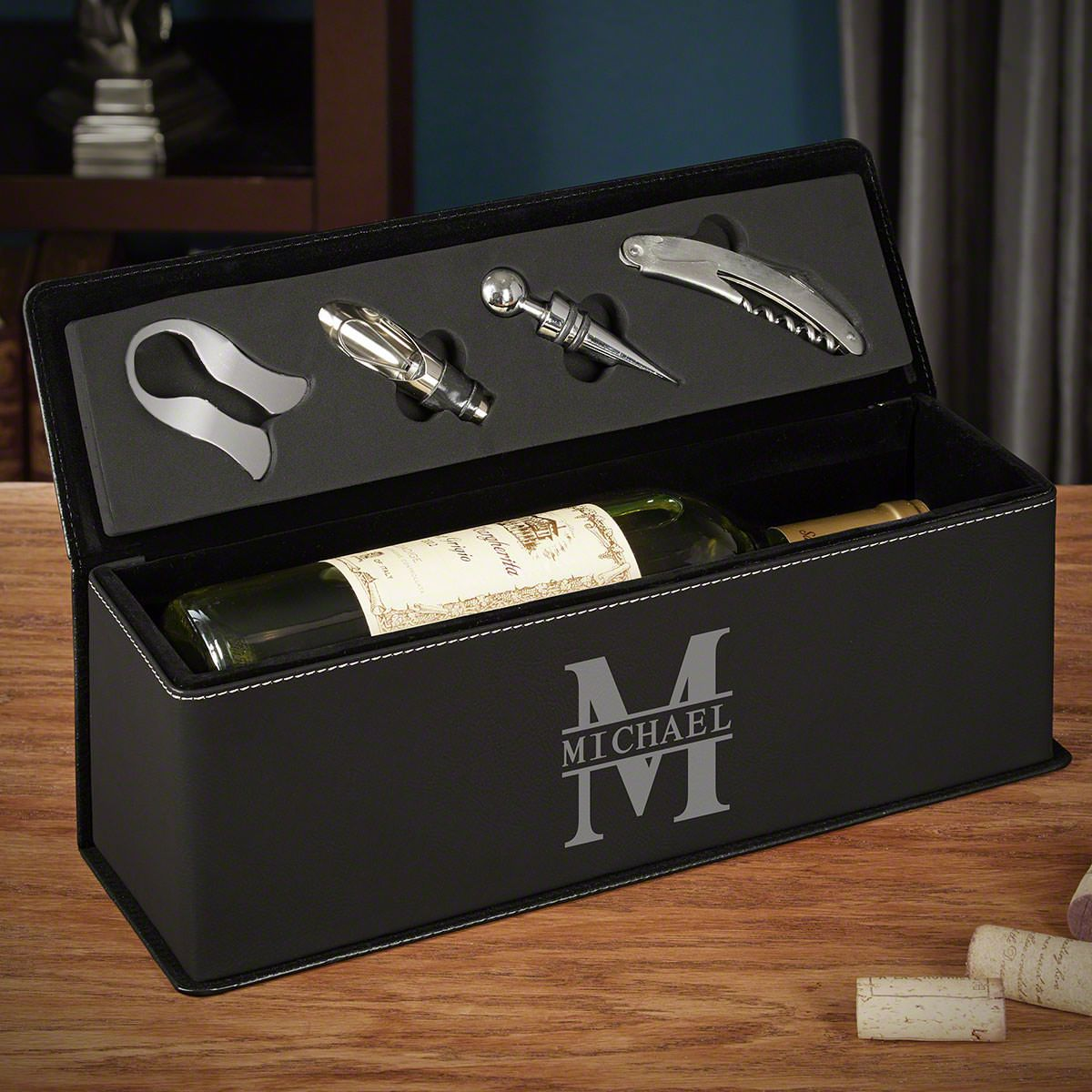 Oakmont Personalized Leather Wine Gift Box