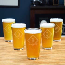 Drake Engraved Groomsmen Beer Glasses – Set of 5