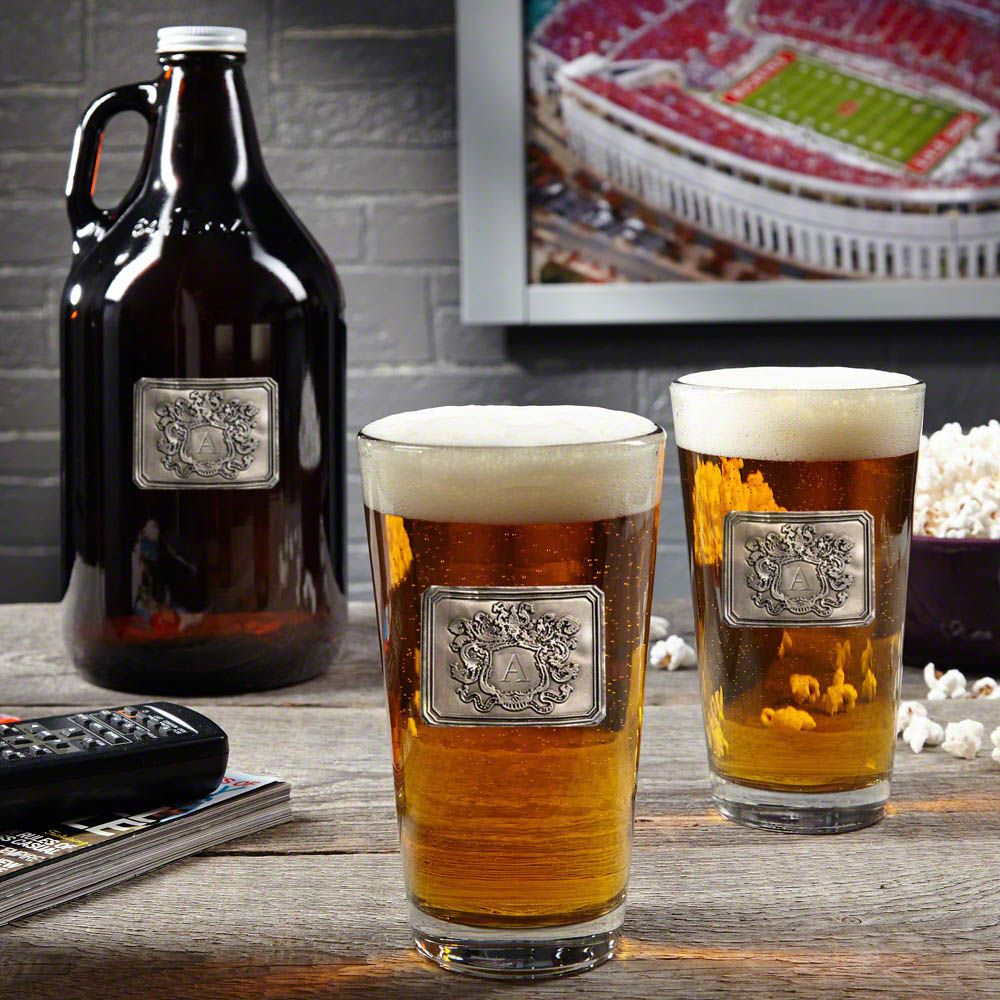 Royal Crested Custom Glass Growler with Beer Glasses