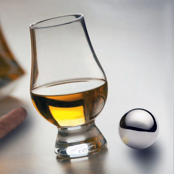 Glencairn Whiskey Glass and Stainless Steel Chilling Ball Set