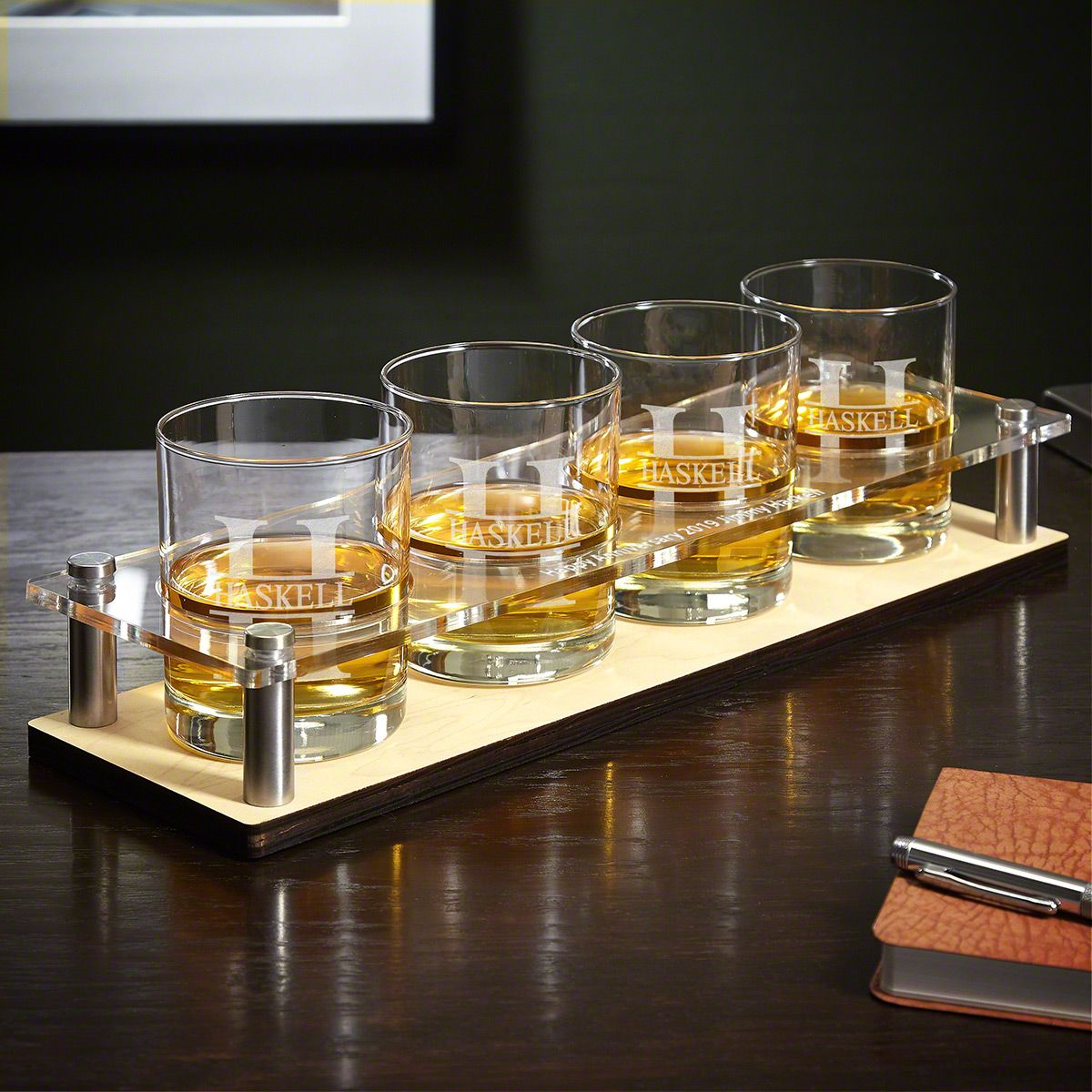 Oakmont Engraved Presentation Set with Whiskey Glasses 5 pc