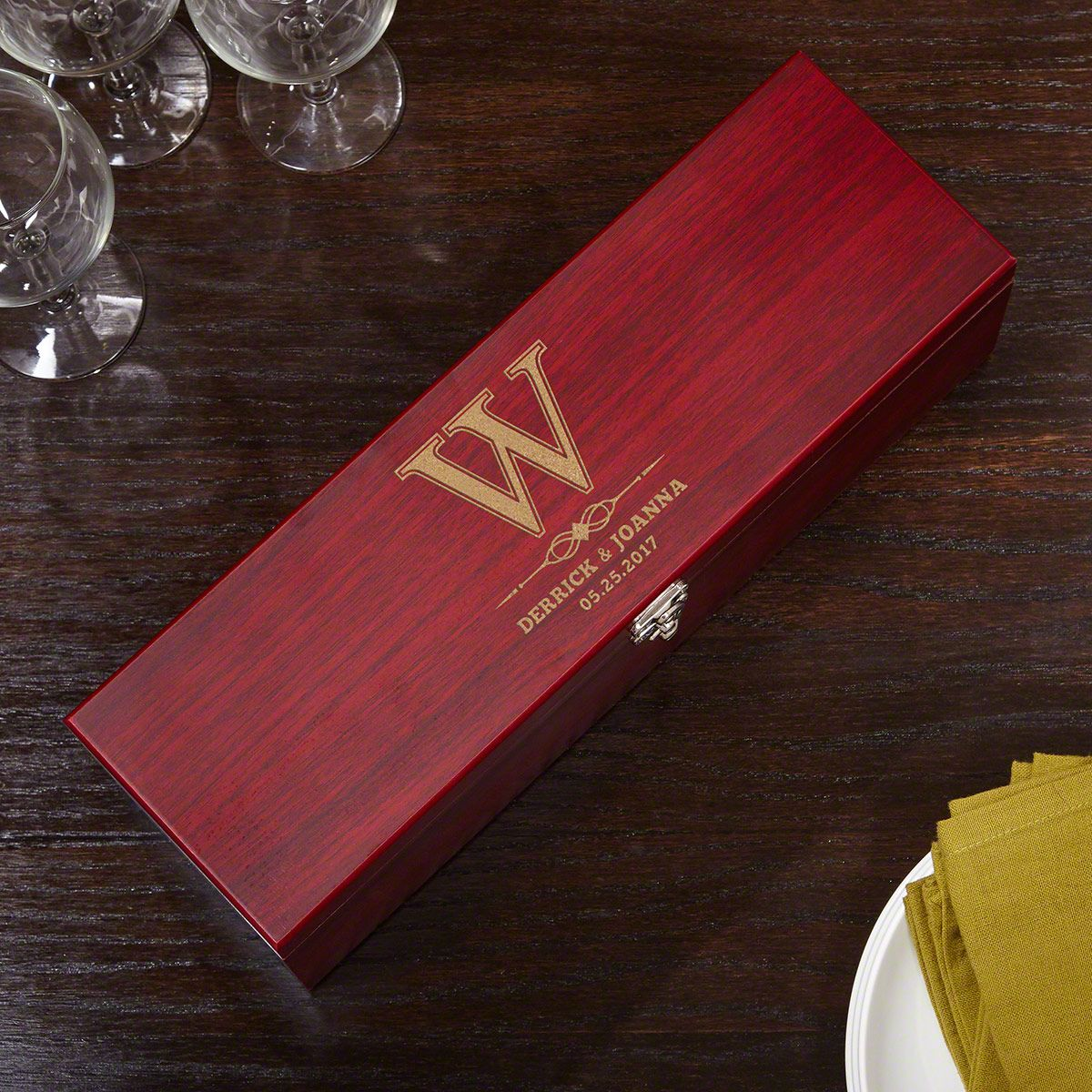 Lyndhurst Wine Gift Box and Accessories