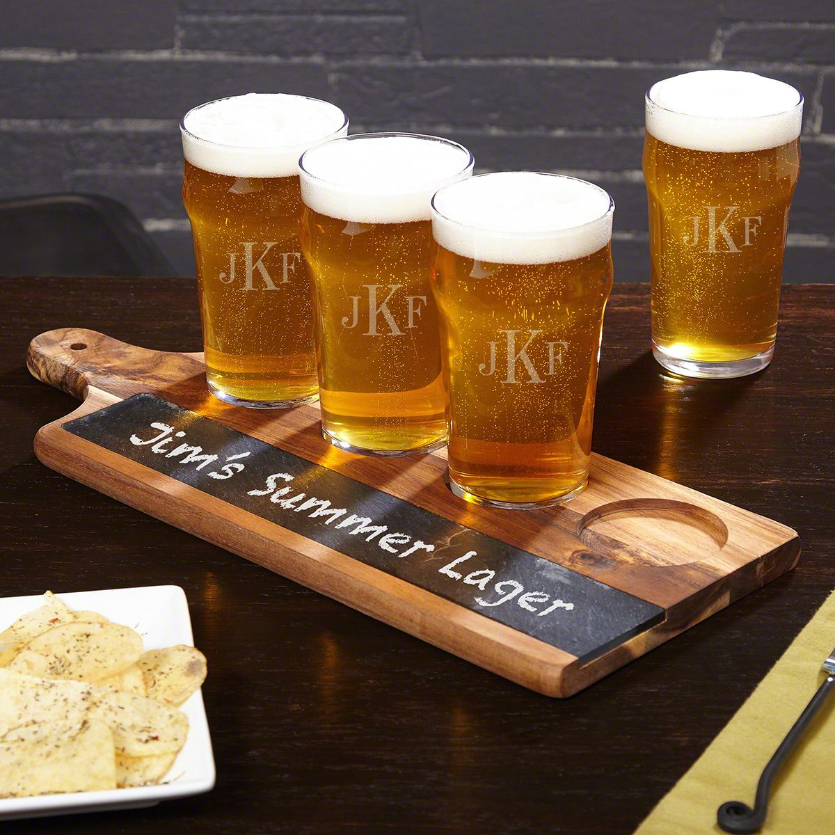 Classic Monogram Pub Glasses with Acacia Drink Serving Tray