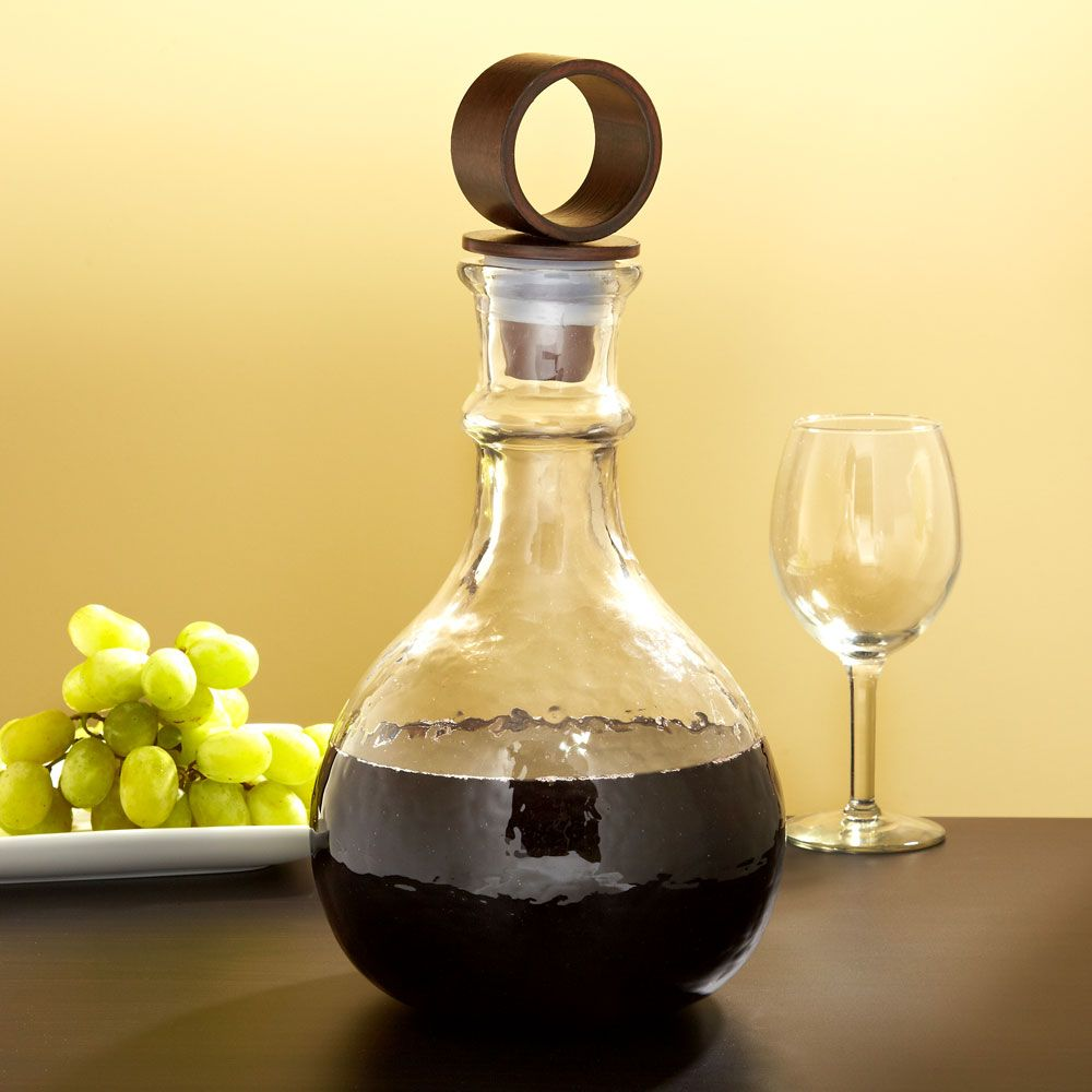 Hammered Glass Wine Decanter with Iron Stopper