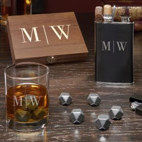 Distinguished Gentleman Quinton Monogrammed Whiskey Gift Set