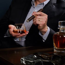 Oakmont Personalized Cognac Snifter