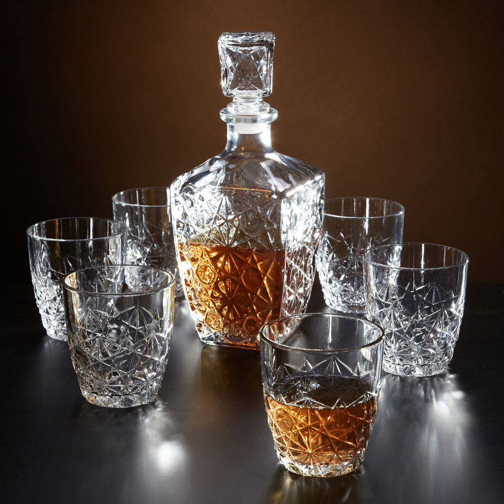 marquise cut whiskey decanter and glasses 7 piece set. Black Bedroom Furniture Sets. Home Design Ideas