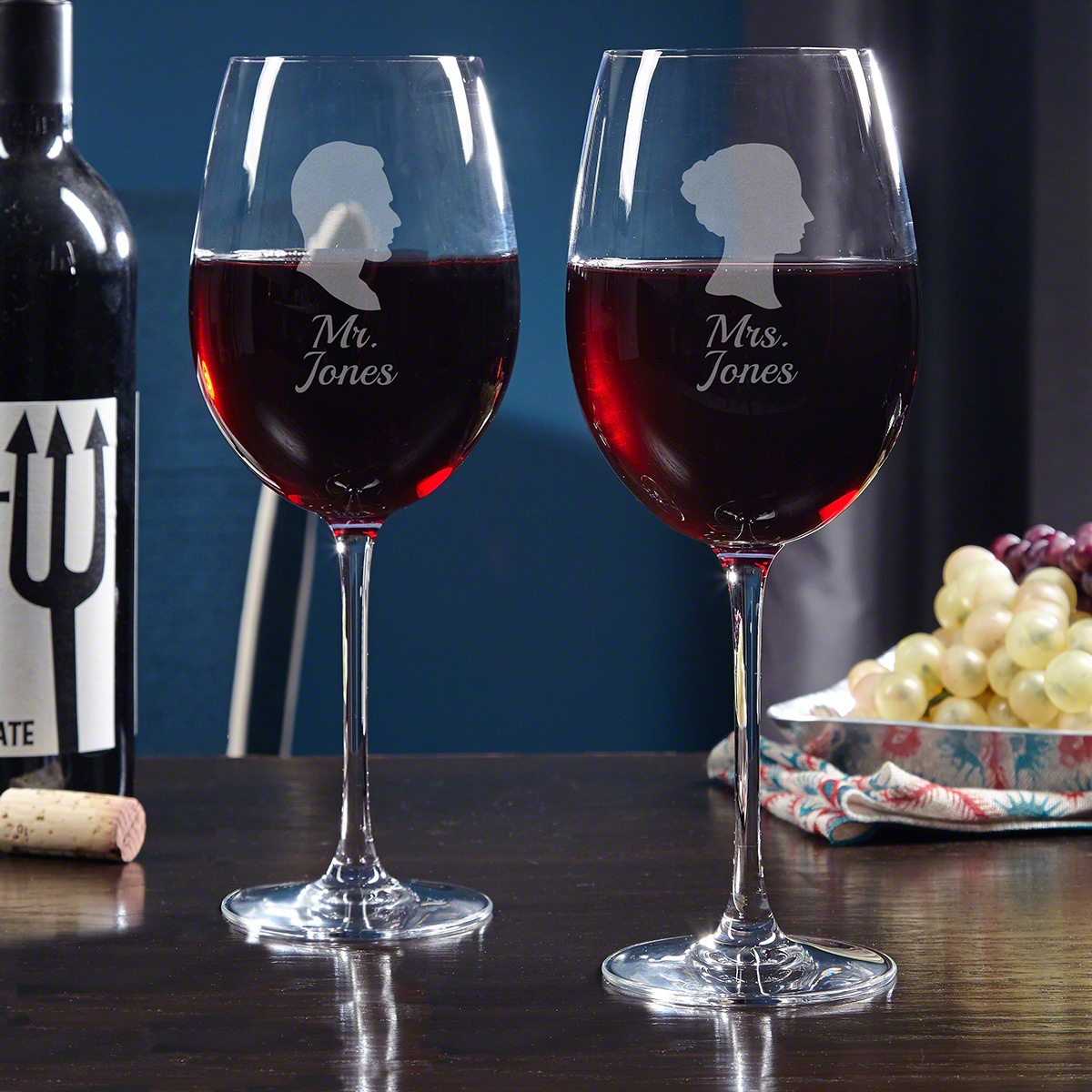 Mr. & Mrs. Personalized Wine Glasses for Couples